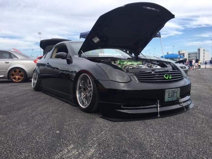 Car Show'